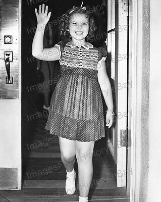 8x10 Print Shirley Temple Candid Moment #ST893