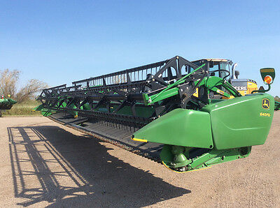 2013 John Deere 640FD Headers