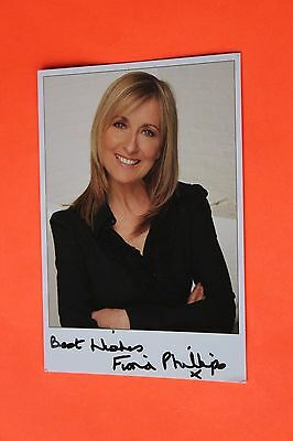 Fiona Phillips (GMTV) Signed PR Card