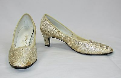 Vintage 60's MISS WONDERFUL Gold Silver Brocade Fabric Heels Shoes Size 6 1/2 B