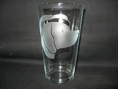New Etched Vizsla Santa Christmas Pint Glass Tumbler