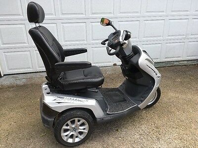 Drive Royale MOBILITY / DISABILITY SCOOTER Silver 3 Wheel VGC