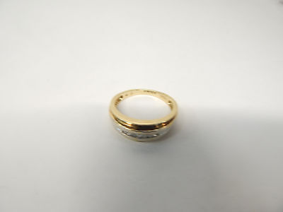 Hallmarked 9 CT Gold and Diamond Men's Ring Size T.