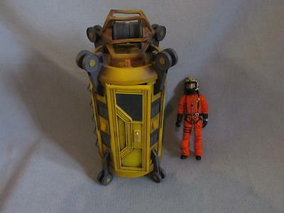 Doctor Who Yellow Tardis/Diving Bell with 10th Doctor figure in Dive Suit