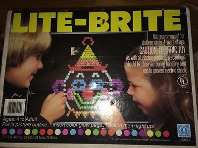 Vintage 1981 Light brite! Working And Complete With Instructions!