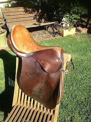 Lewa Saddle. 15 Inch Narrow Gullet Good Used Condition