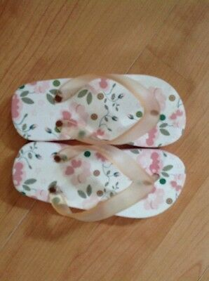 Lovely Children's Size 6.5 Flip Flops NEW Shop Clearance