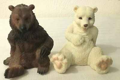 1995 SCHLEICH GERMANY Plastic Grizzly and White Polar Bear Figurines