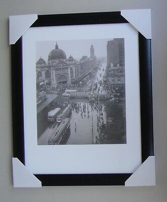 """MELBOURNE WITH RAIN framed  PRINT """"Ready to Hang"""" BLACK WOODEN WITH GLASS """" 1946"""