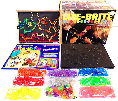 1973 100% Complete Snoopy Peanuts LITE BRITE & 845 PEGS & 26 NEW REFILL PAGES B