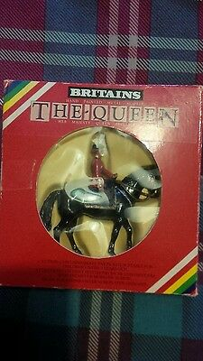 britains collectible toy soldier ,The queen mounted