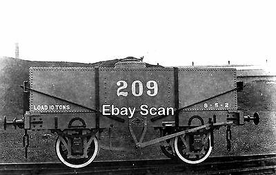 Railway Photograph Private Owner 10T Tank Wagon No.209 R Y Pickering - Wishaw