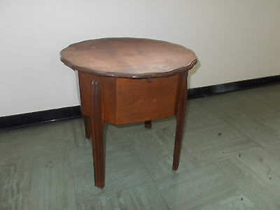 MORCO sewing box table