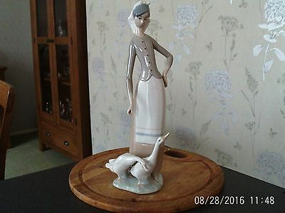 Lladro Girl With Geese 1035