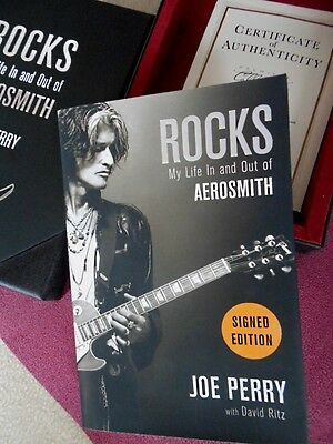 Joe Perry: ROCKS - My Life In And Out of Aerosmith *Signiert, COA