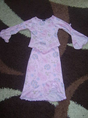 Girls top and skirt set in pink size 10-11 years