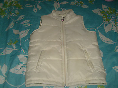 Girls padded gilet body warmer size 6-8 years