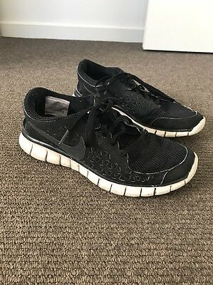 Nike Size 7.5 Shoes