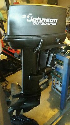 JOHNSON 30hp OUTBOARD MOTOR WITH CONTROL BOX, CABLES & FUEL TANK - FREE SHIPPING