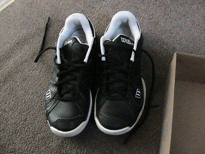 Ladies wilson tennis shoes size 5.5