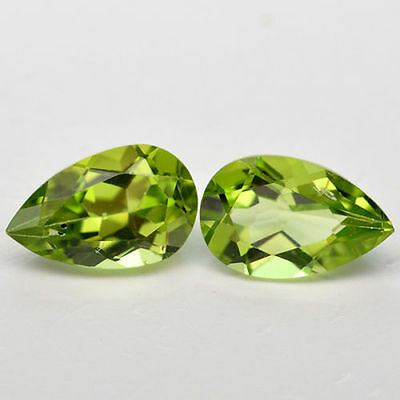 A SET OF TWO 6x4mm PEAR-FACET STRONG-GREEN NATURAL AFGHAN PERIDOT GEMS £1 NR!
