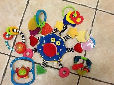 Bundle of 7 Baby toys,Whoozit,Bright Stars & more all very good  condition.