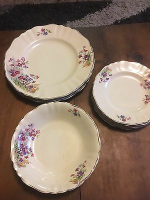 J&g Meakin England  Dinner Plates ,sandwich Plates  And Bowls