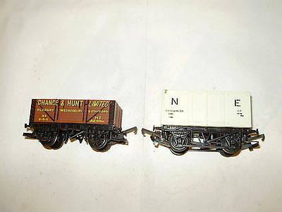 Hornby R.206 open wagon & boxcar. V/good cond. No Box. OO. Made in the UK