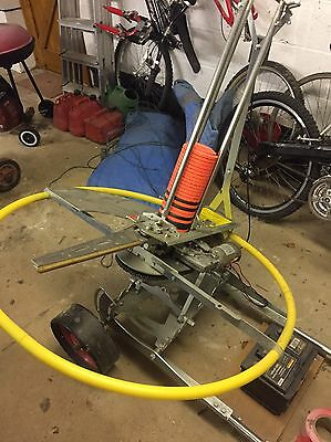 Acorn motorized clay pigeon trap - Excellent Condition