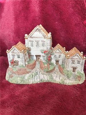 David Winter Cottage The Alms Houses 1983 Boxed
