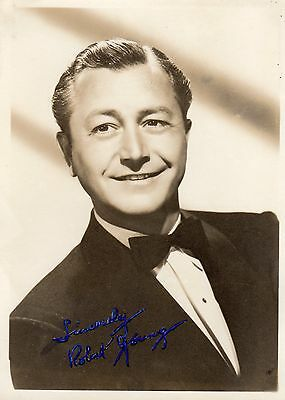 Vintage Hand Signed Photograph Robert Young American Actor Tv Host