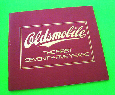 1972 OLDSMOBILE THE FIRST 75 YEARS Muscle / CONCEPT / Classic Cars AQ BOOK Xlnt+