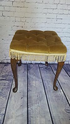 Antique Vintage Wooden Buttoned Piano Stool Seat Bedroom Queen Anne Leg