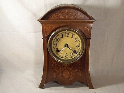 Antique New Haven Parlor Kitchen Cottage Shelf Clock