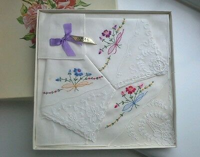 Vintage Boxed White Linen? & Lace Embroidered Floral Hankies/Handkerchiefs Irish