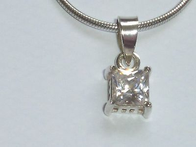Lovely Solid Silver And White Stone Pendant And Chain