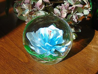 ❤ Hand Blown BLUE WATER LILY Glass Paperweight