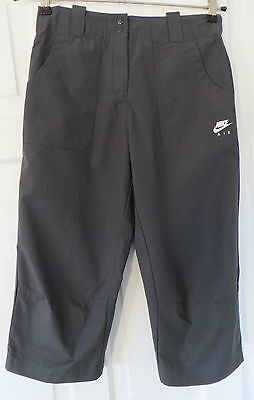 Nike Girls 3/4 Length Track Pants ~ Size L = 152/158cm ~ Genuine & Authentic