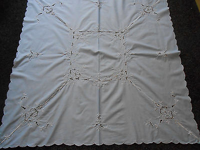Beautiful Vintage Cotton Openwork/embroidered Tablecloth