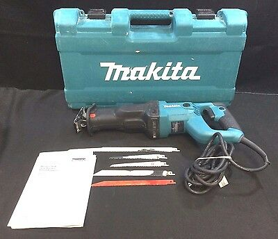 Makita 11 Amp Reciprocating Saw with Case & Blades - Model JR3050T