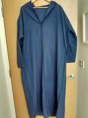 Moroccan unisex kaftan with hood blue