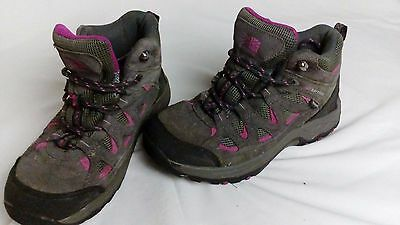 karrimore childrens walking boots size 2