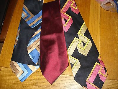 Bundle Three Gents Vintage Ties Pattern and Plain (Ray Allan & Louis Philippe