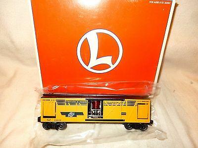 Lionel 6-19828 Chicago & North Western Operating Cattle Car & Stockyard-New & Bx