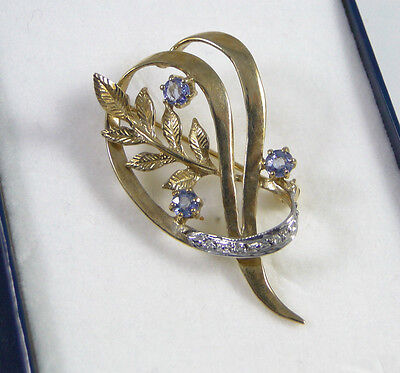 BEAUTIFUL 9ct.Gold Brooch with Diamonds & Sapphires-fully h/m 1993-Boxed-ELEGANT