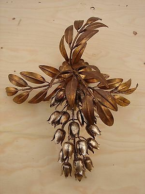 Decoratave Metal Leaf And Flower Vintage Wall Sconce