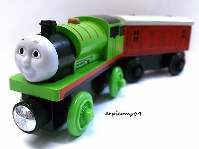 PERCY ENGINE & THE BAGGAGE CAR - BRIO ELC THOMAS AND FRIENDS Wooden Trains T1