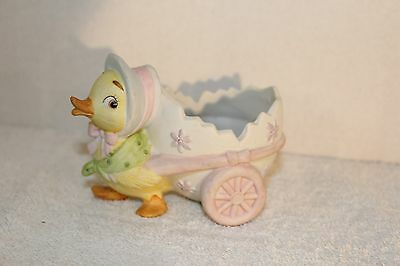 Lefton Mrs Duck #04374 Pulling Egg Cart Figurine 1984 m142