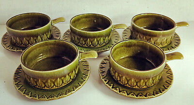 5 Green Retro Soup Bowls / Ramekins with Saucers, Holkham Pottery, England(4554)