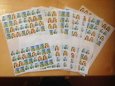 500 2nd Class UNFRANKED  Xmas Stamps with gum Easy Peel FV £275, FREE POSTAGE